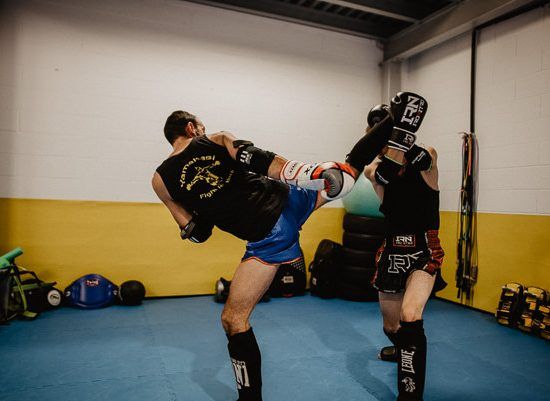 Yamakasi muay thai high kick
